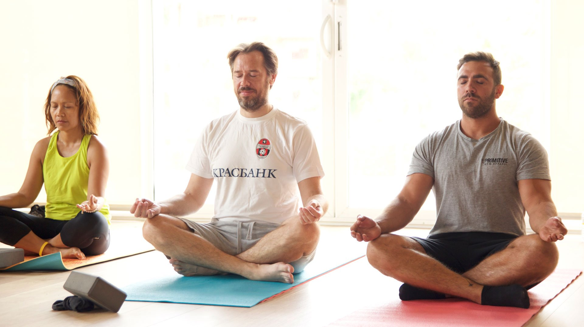 8 reasons why men should do Yoga